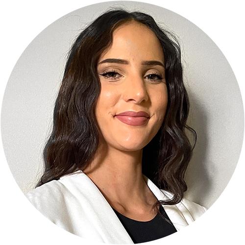 Picture of Cristina C. Mora